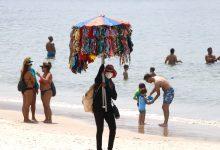 Photo of Prefeitura do Rio libera permanência na areia da praia e pistas de dança